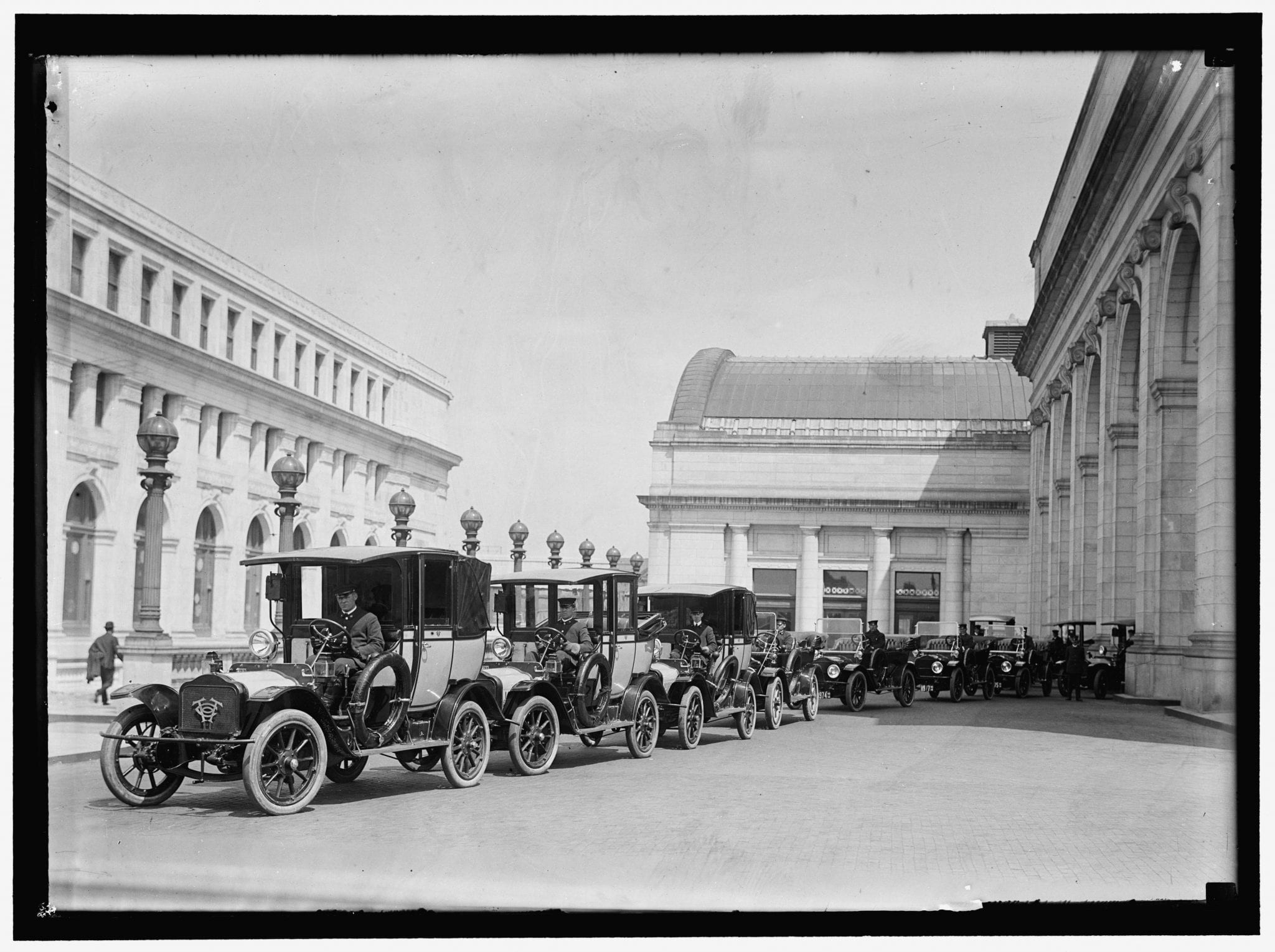 Union Station Taxis Before Uber